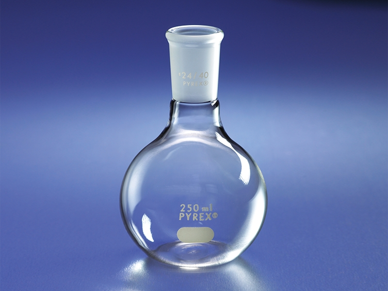 PYREX® Flat Bottom Boiling Flasks