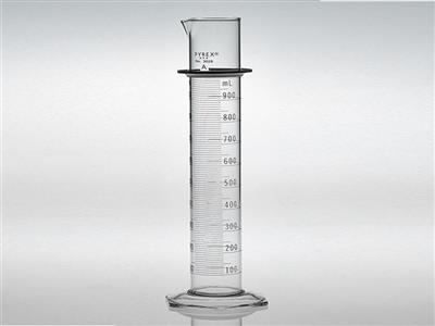 PYREX® White Double Metric Scale, Class A Graduated Cylinders